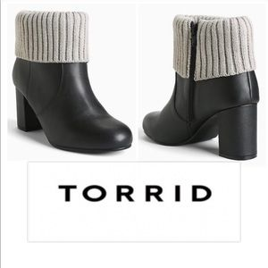 Torrid 10 Sweater Cuff Booties Black Like New